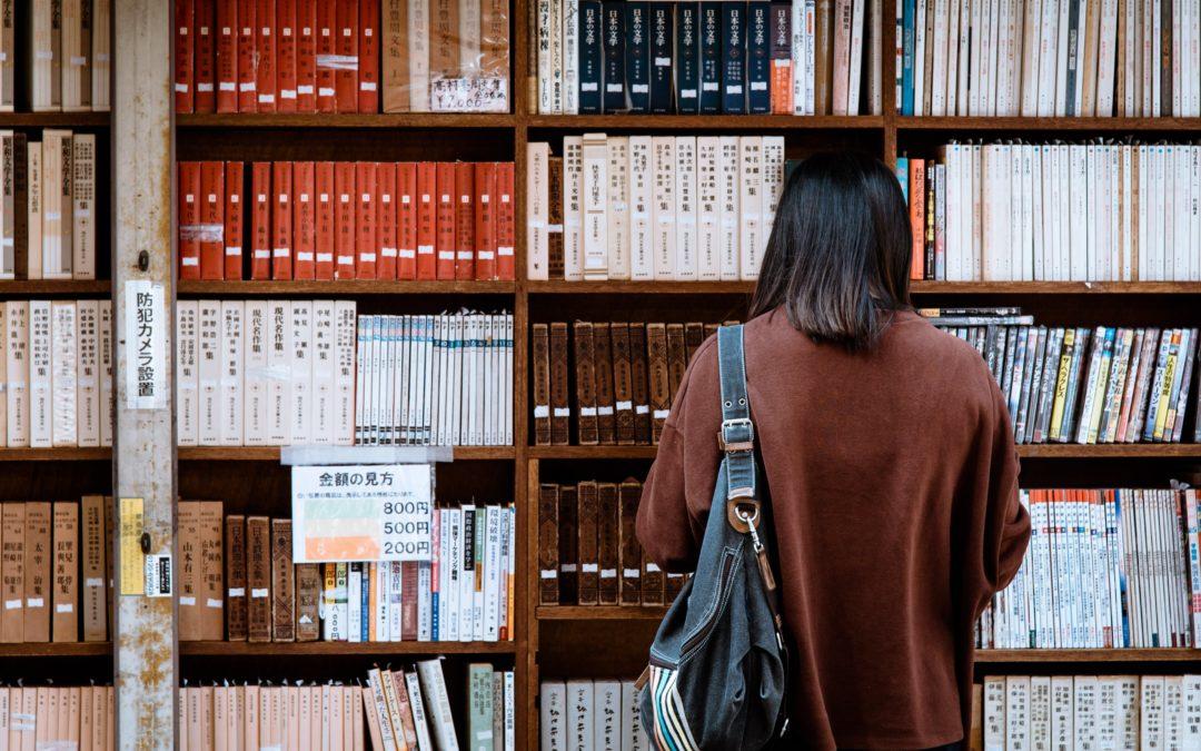 Zlecenia dla freelancera: jak korzystać ze źródeł naukowych?